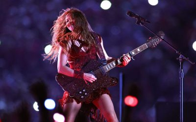 Superbowl Firebird & Shakira's Other Custom Guitars
