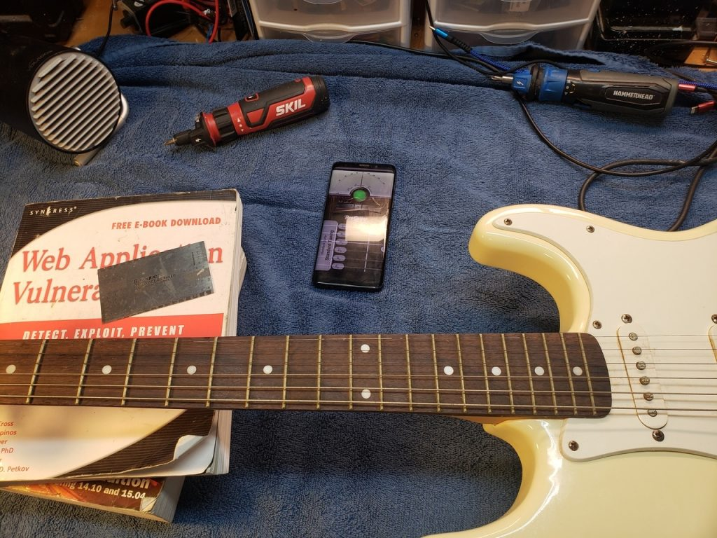 Tuning a guitar with an app